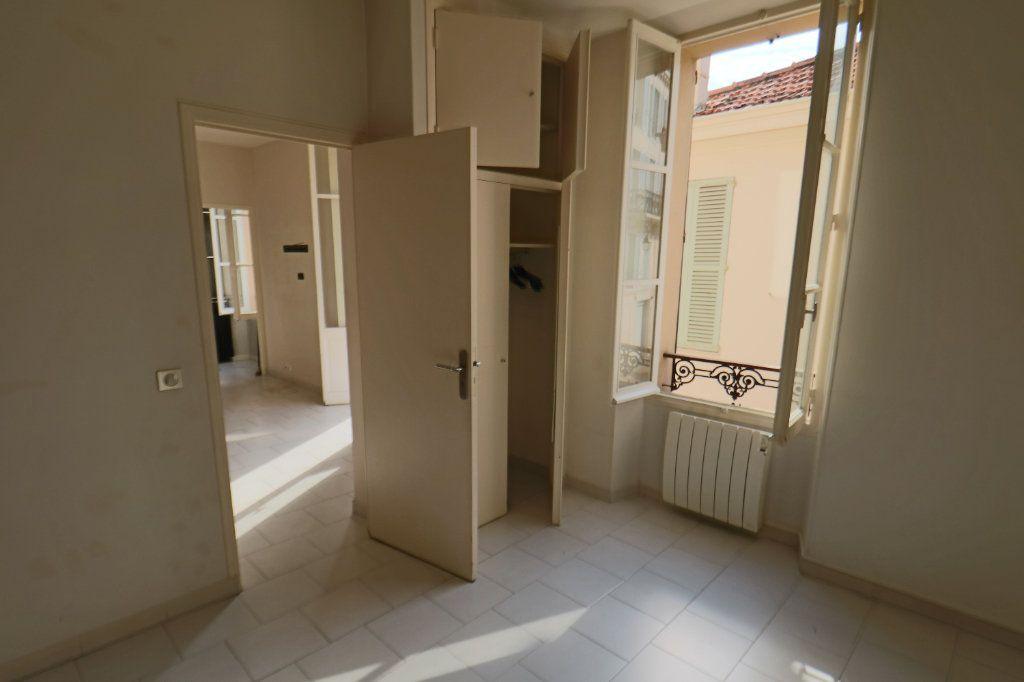 Appartement à vendre 2 42.73m2 à Cannes vignette-5