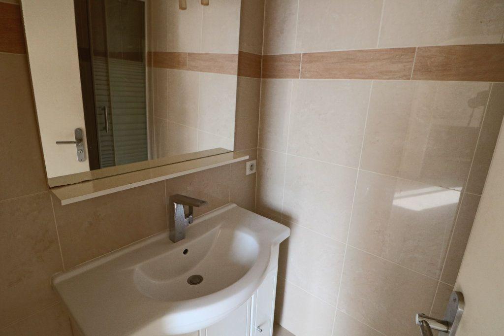 Appartement à vendre 2 42.73m2 à Cannes vignette-7