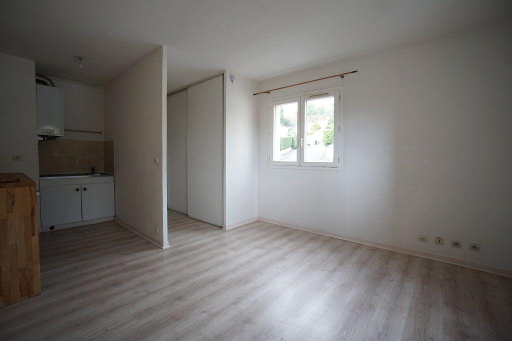 Appartement à louer 1 30.4m2 à Peymeinade vignette-3