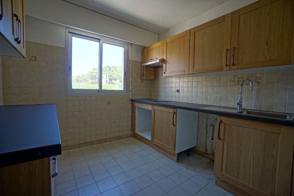 Appartement à louer 2 50.02m2 à Le Cannet vignette-4