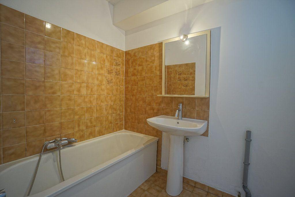 Appartement à louer 2 50.02m2 à Le Cannet vignette-7