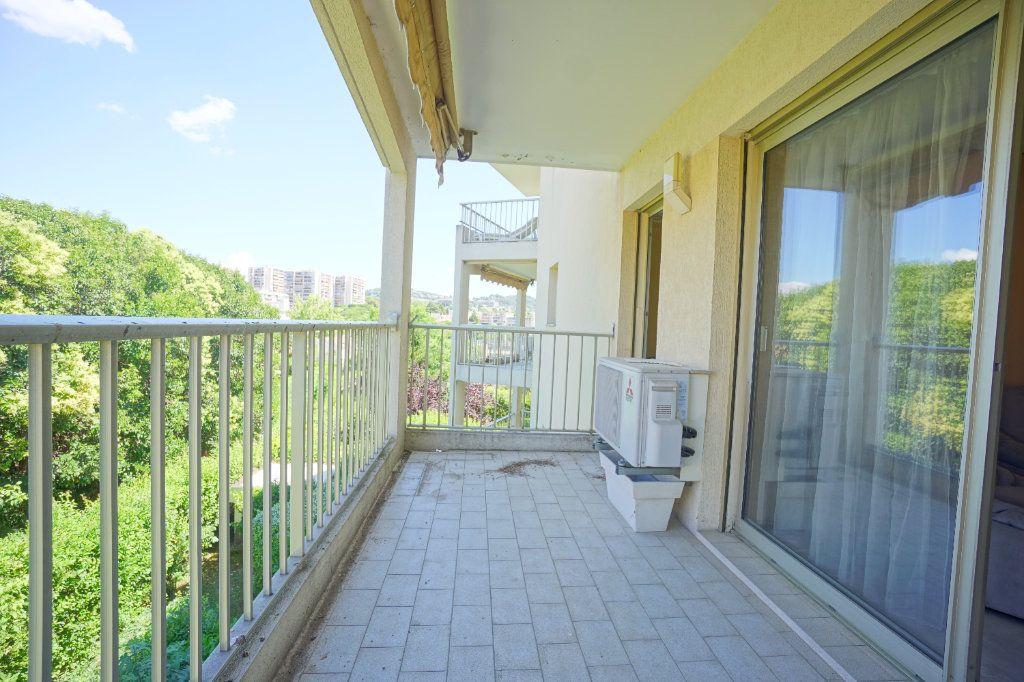 Appartement à louer 2 41.66m2 à Le Cannet vignette-2