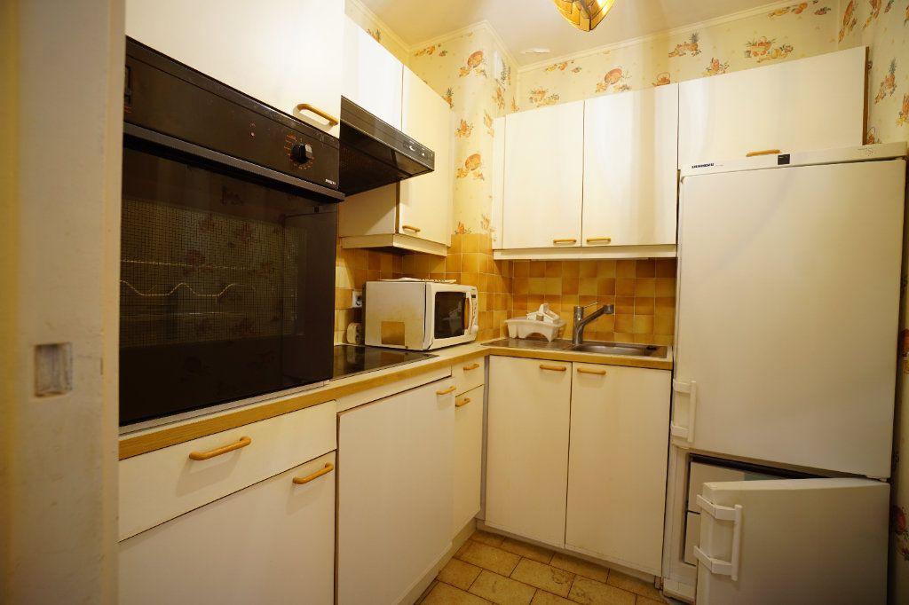 Appartement à louer 2 41.66m2 à Le Cannet vignette-5