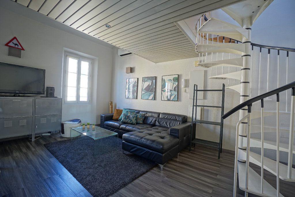 Appartement à louer 3 49.14m2 à Cannes vignette-1