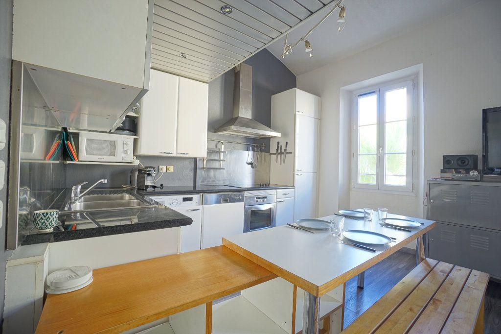 Appartement à louer 3 49.14m2 à Cannes vignette-2