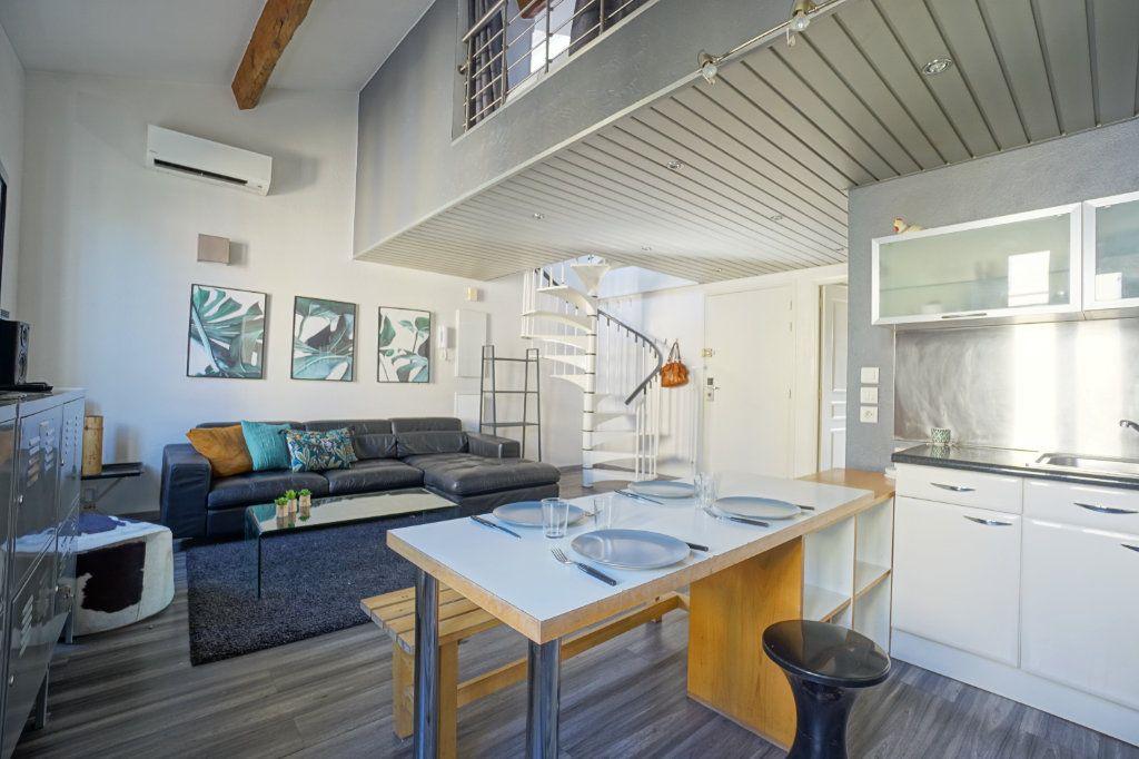 Appartement à louer 3 49.14m2 à Cannes vignette-4