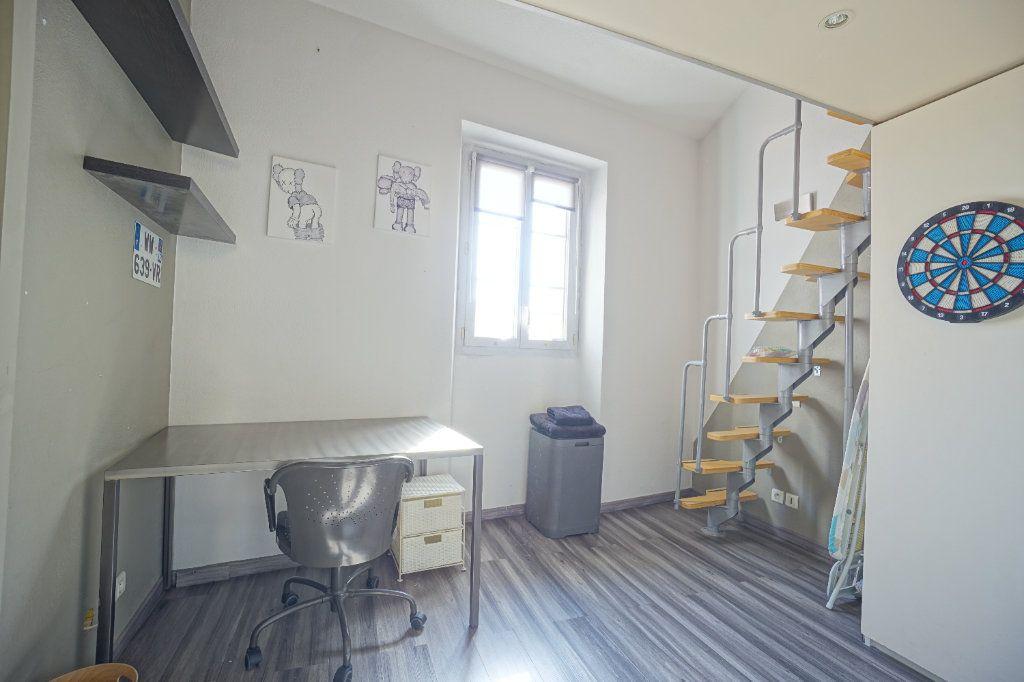 Appartement à louer 3 49.14m2 à Cannes vignette-8