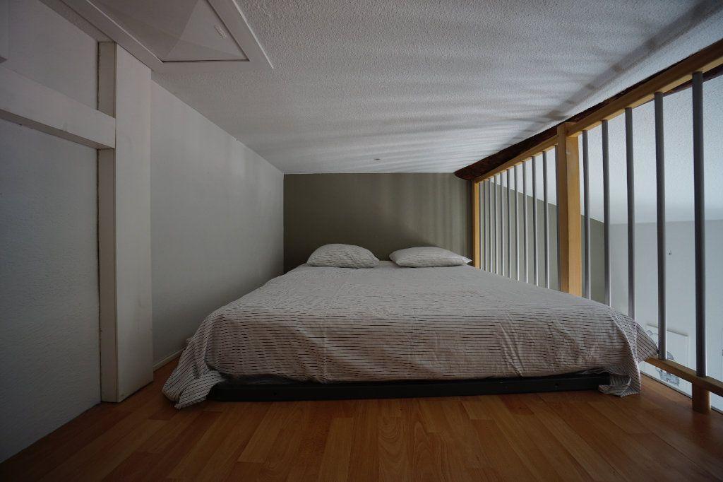 Appartement à louer 3 49.14m2 à Cannes vignette-9