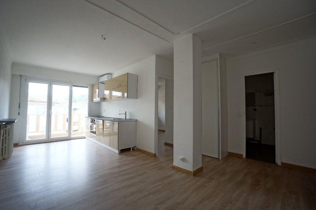 Appartement à louer 2 38.71m2 à Cannes vignette-1