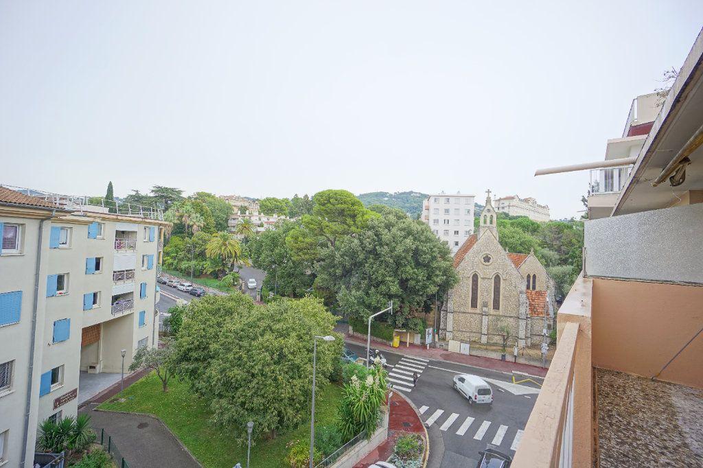 Appartement à louer 2 38.71m2 à Cannes vignette-7