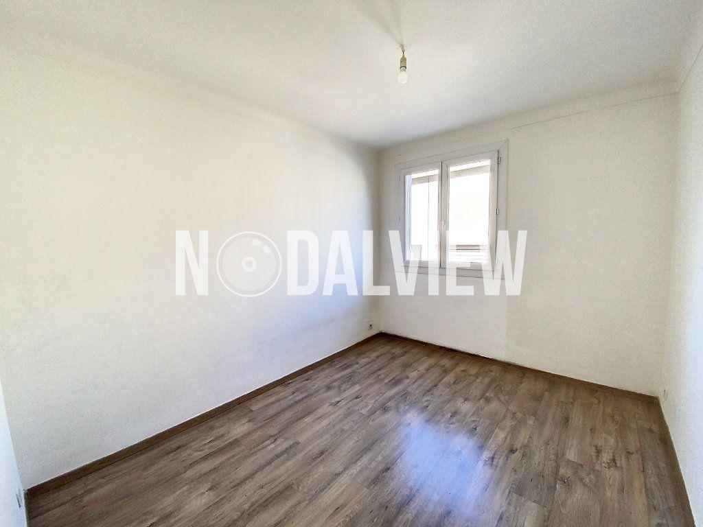 Appartement à louer 3 53.05m2 à Le Cannet vignette-6