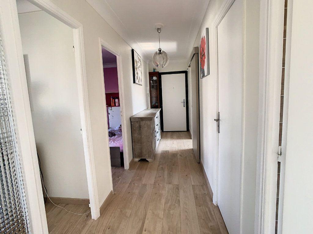 Appartement à vendre 3 74.51m2 à Argenteuil vignette-4