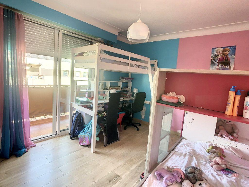 Appartement à vendre 3 74.51m2 à Argenteuil vignette-6