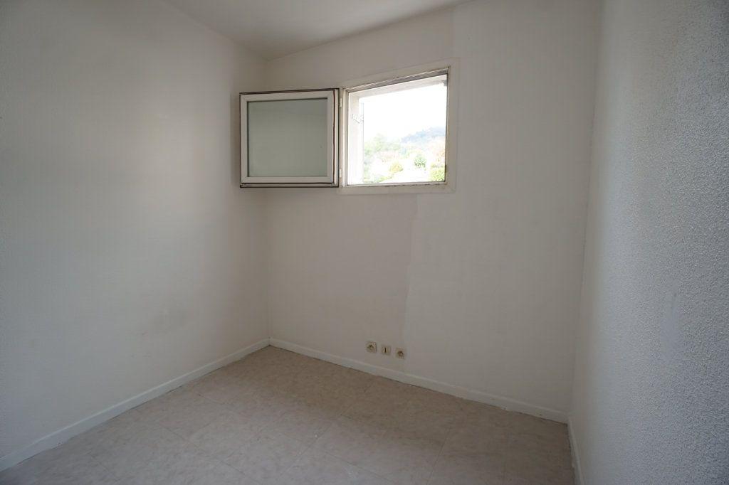 Appartement à louer 1 30.4m2 à Peymeinade vignette-5
