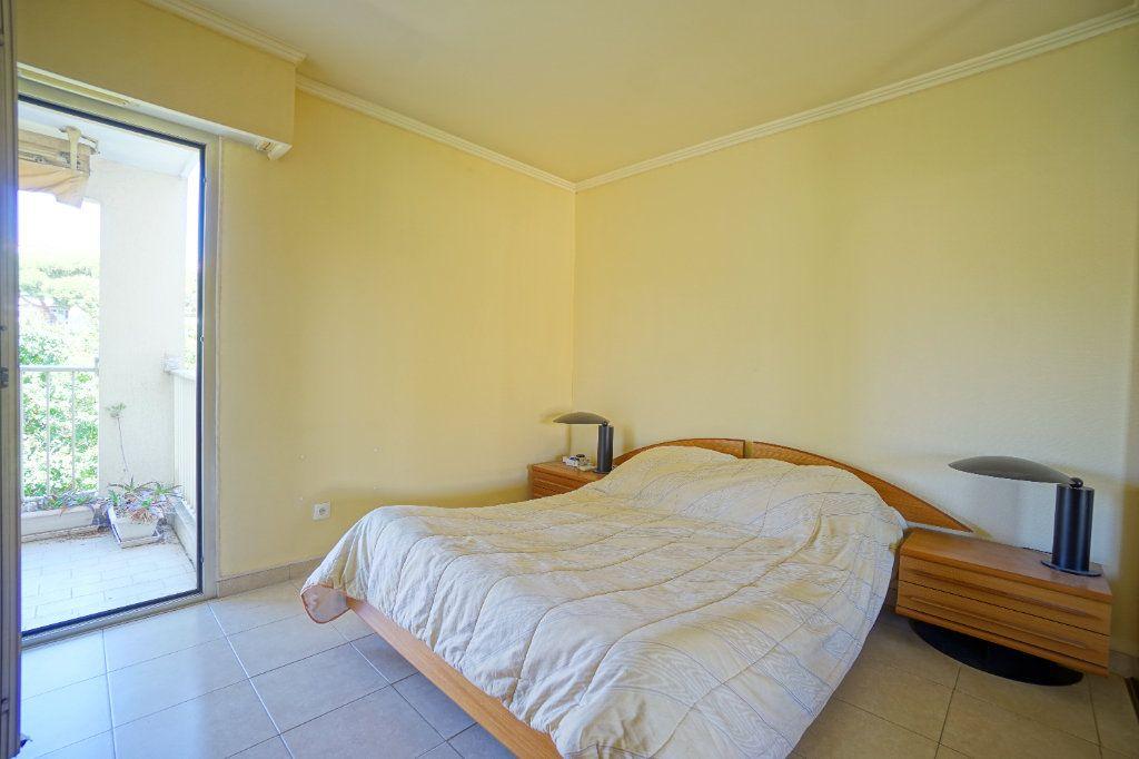 Appartement à louer 2 41.66m2 à Le Cannet vignette-3