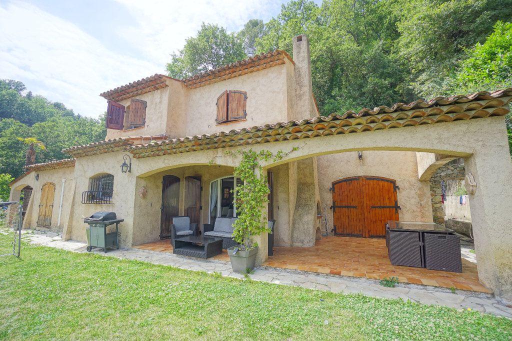 Maison à louer 5 144.11m2 à Châteauneuf-Grasse vignette-2