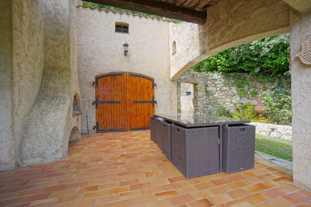 Maison à louer 5 144.11m2 à Châteauneuf-Grasse vignette-14