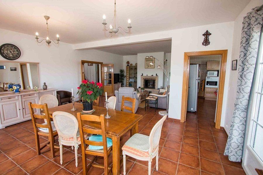 Maison à vendre 8 310m2 à Castéra-Lectourois vignette-9