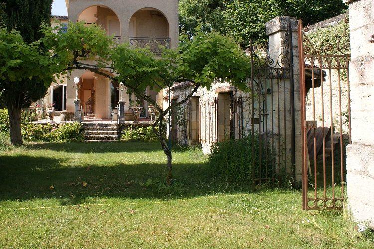 Maison à vendre 8 215.78m2 à Lectoure vignette-2