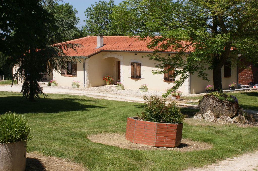 Maison à vendre 4 118.45m2 à Lectoure vignette-2