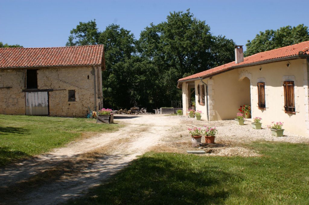 Maison à vendre 4 118.45m2 à Lectoure vignette-3