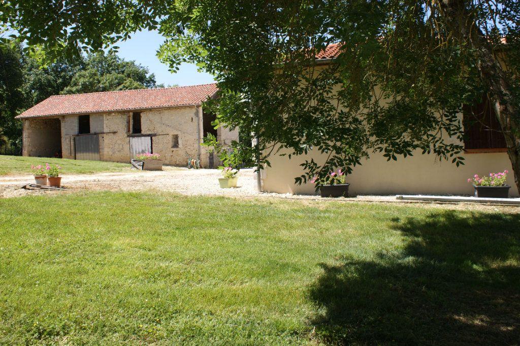 Maison à vendre 4 118.45m2 à Lectoure vignette-4