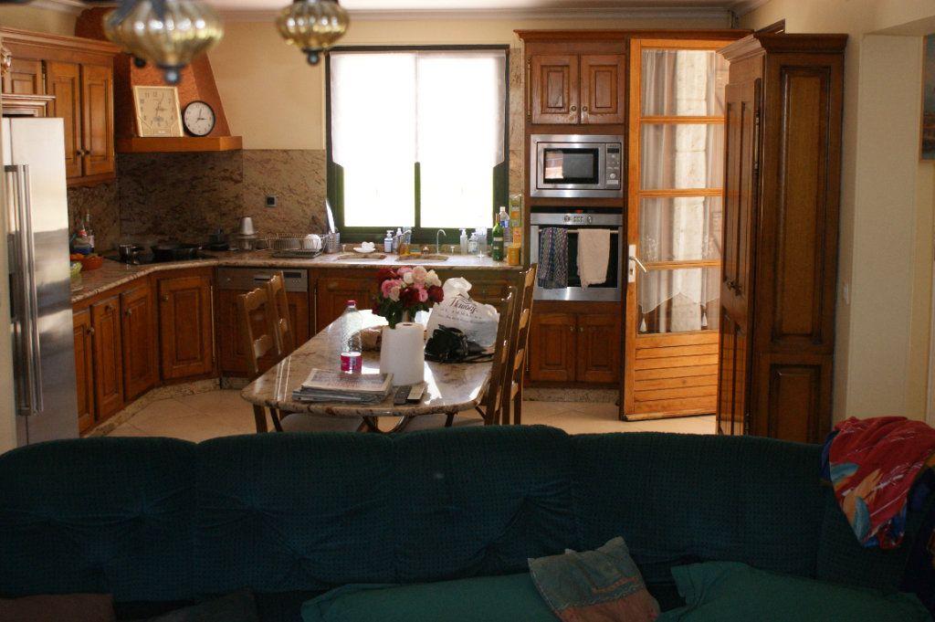 Maison à vendre 4 118.45m2 à Lectoure vignette-10