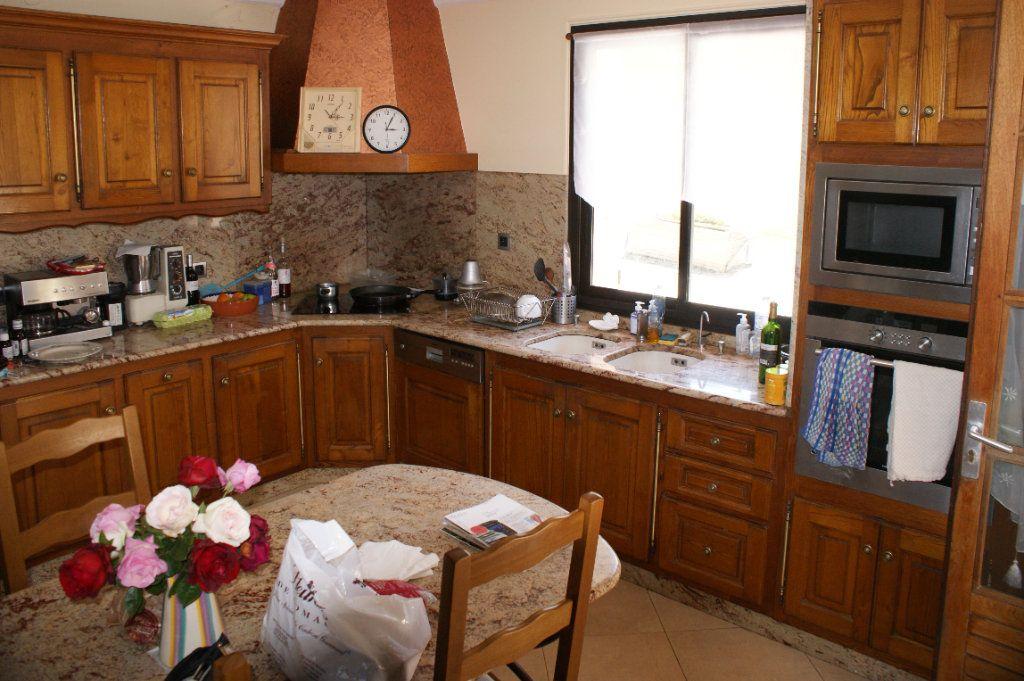 Maison à vendre 4 118.45m2 à Lectoure vignette-13