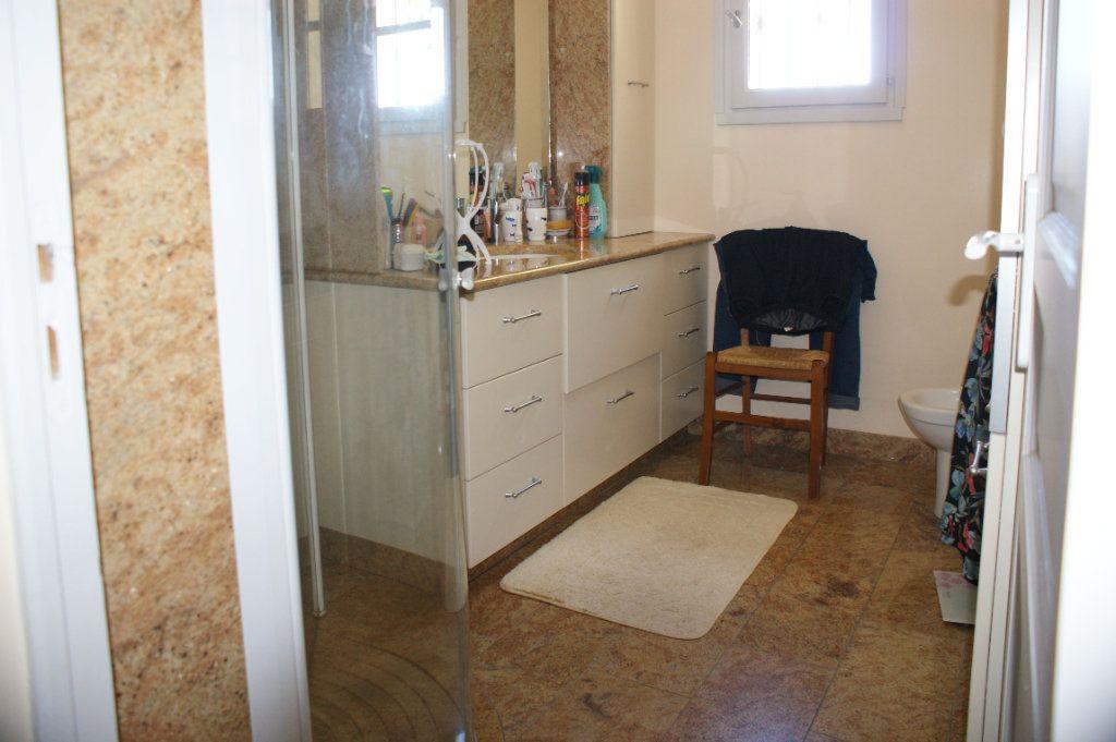 Maison à vendre 4 118.45m2 à Lectoure vignette-15