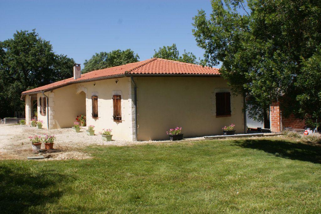 Maison à vendre 4 118.45m2 à Lectoure vignette-18