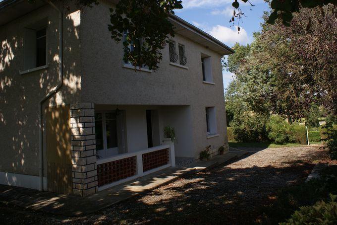 Maison à louer 7 189.69m2 à Marsolan vignette-2