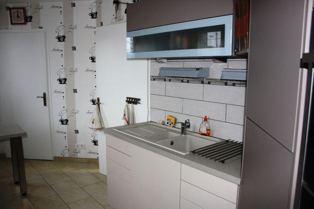 Appartement à vendre 5 133m2 à Auxerre vignette-5