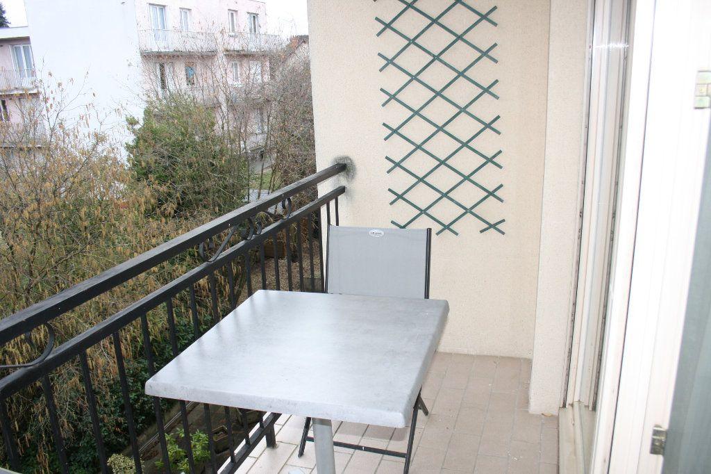 Appartement à vendre 5 133m2 à Auxerre vignette-9
