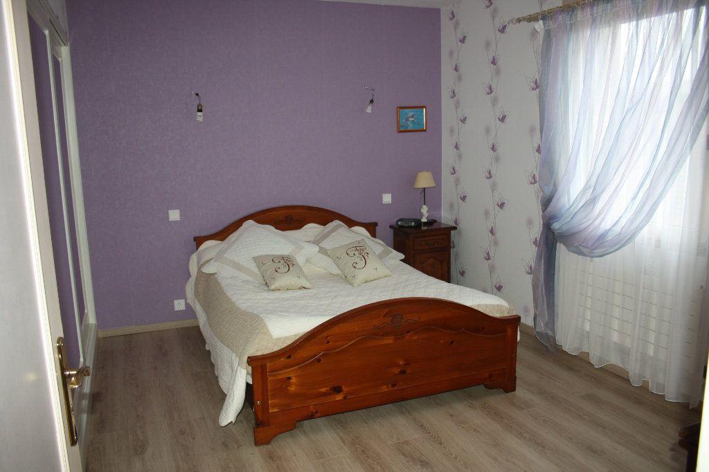 Appartement à vendre 5 133m2 à Auxerre vignette-10