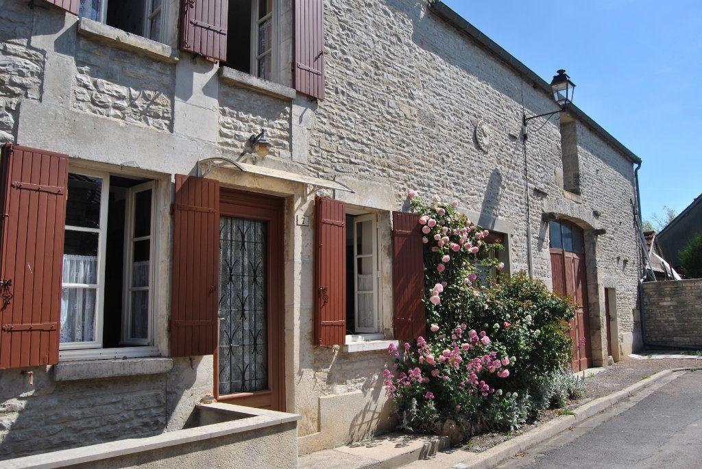 Maison à vendre 3 71m2 à Poilly-sur-Serein vignette-2