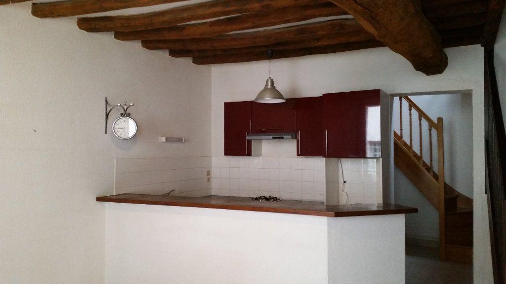 Maison à louer 4 85m2 à Auxerre vignette-1