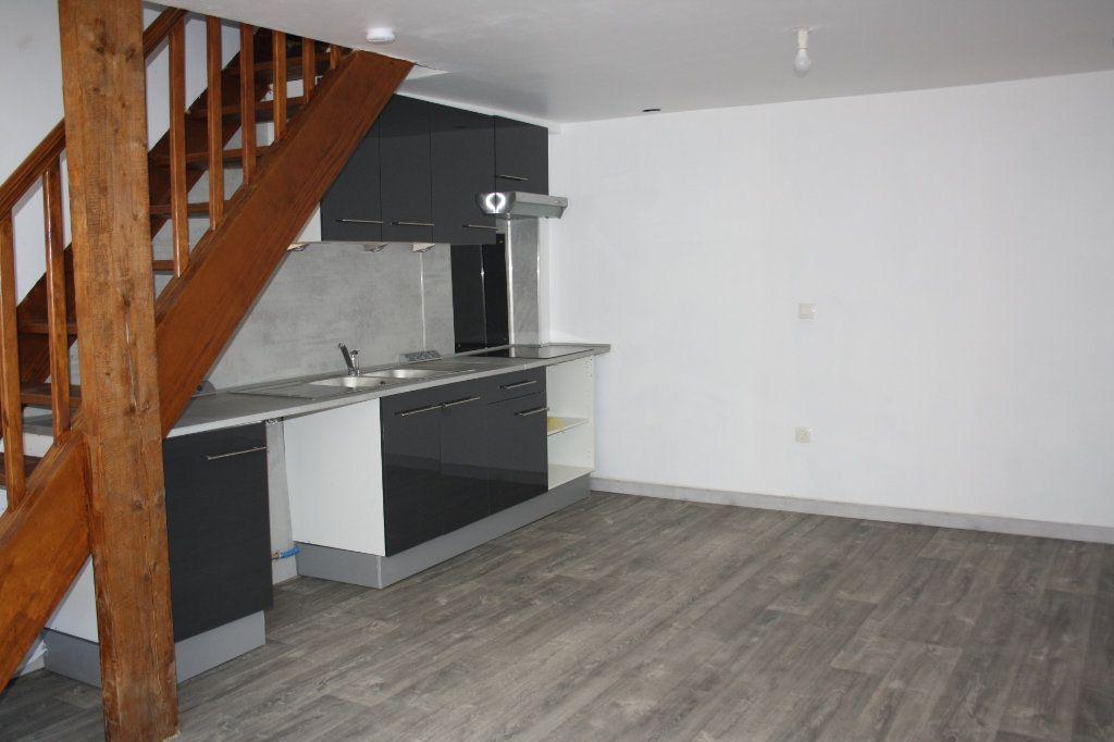 Appartement à louer 3 45.85m2 à Appoigny vignette-2