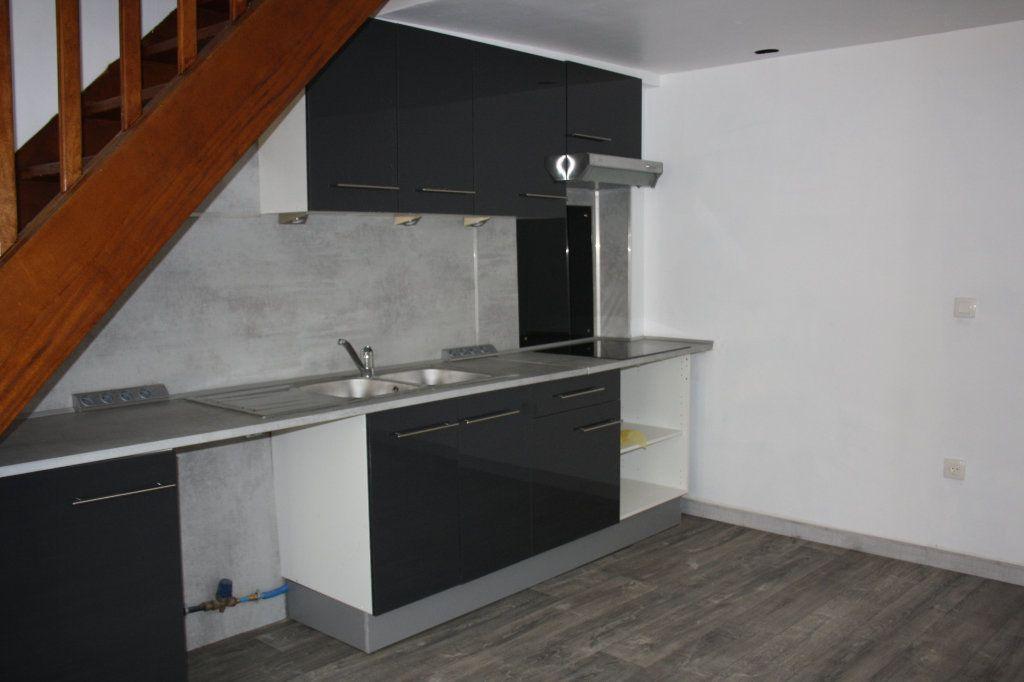 Appartement à louer 3 45.85m2 à Appoigny vignette-3