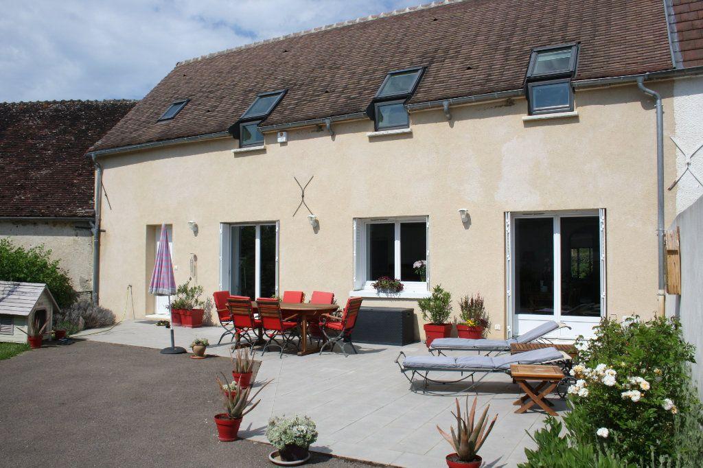 Maison à vendre 6 191m2 à Perrigny vignette-1