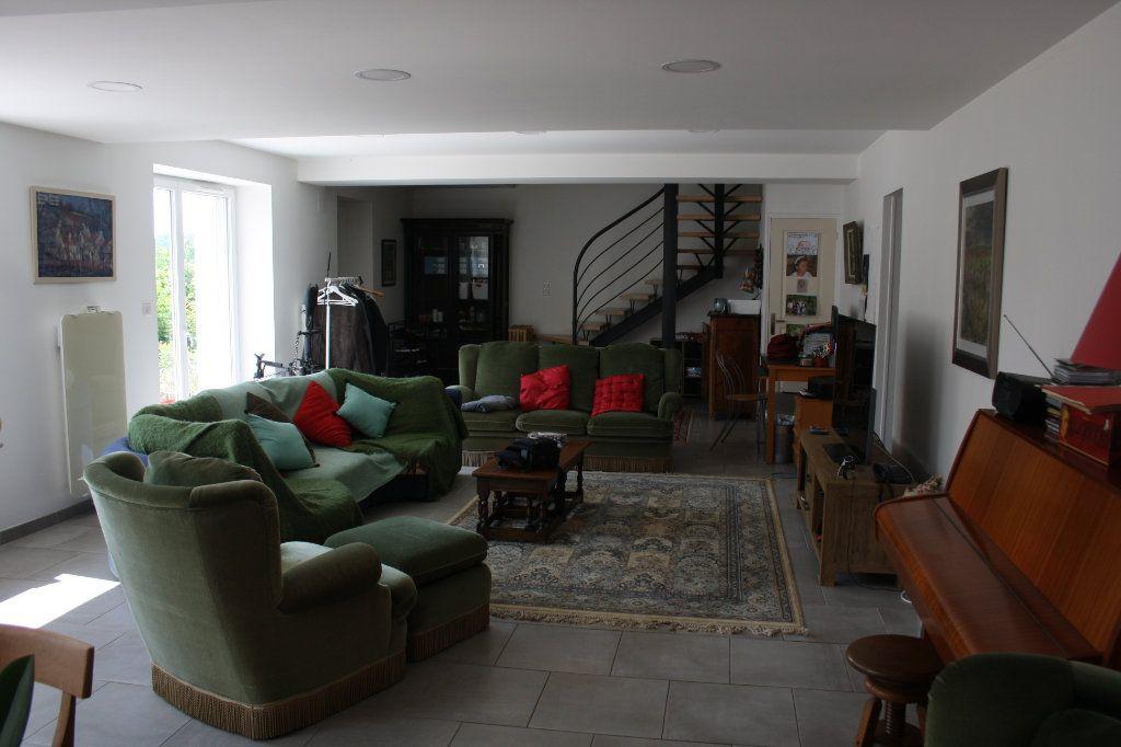 Maison à vendre 6 191m2 à Perrigny vignette-2