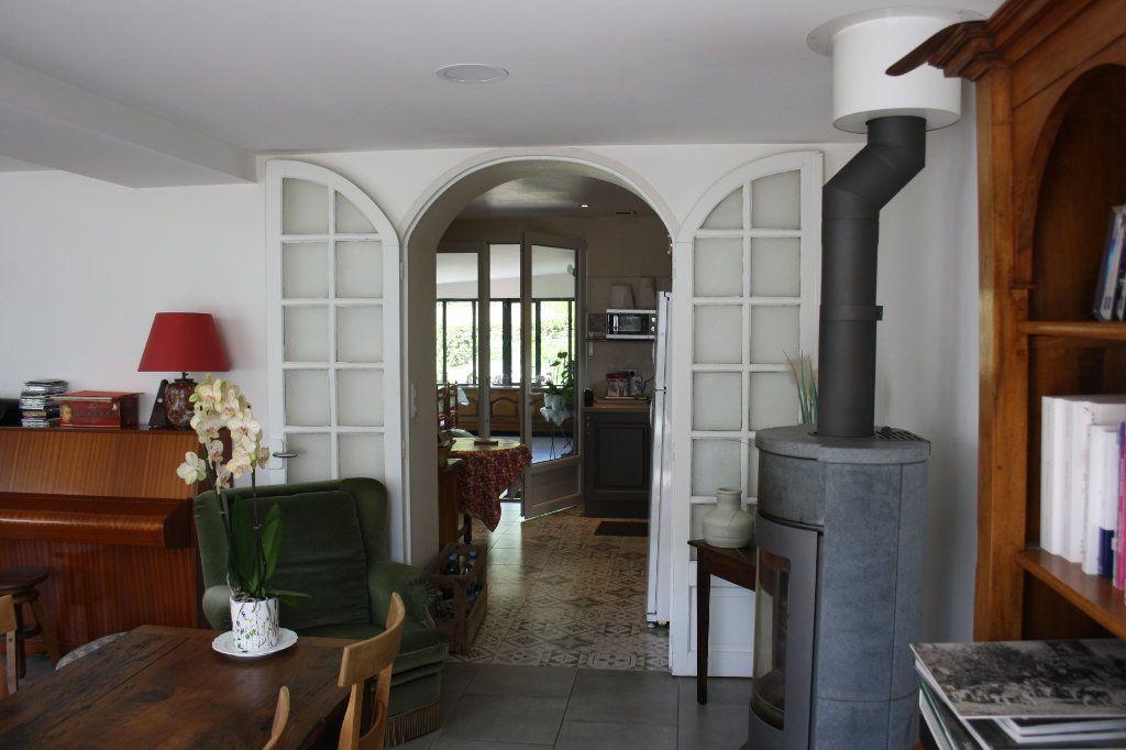 Maison à vendre 6 191m2 à Perrigny vignette-4