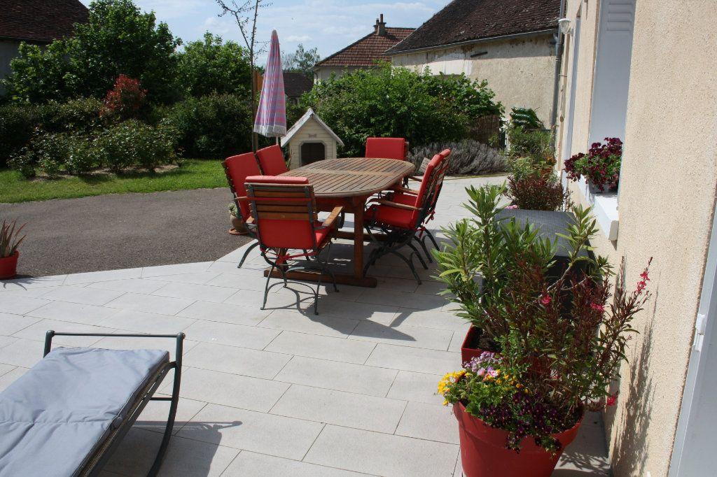 Maison à vendre 6 191m2 à Perrigny vignette-17