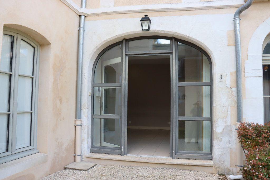 Appartement à louer 2 40.46m2 à Auxerre vignette-3