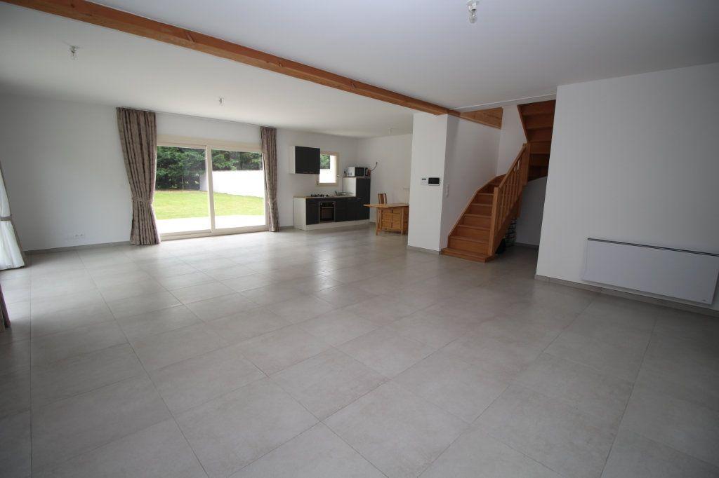 Maison à vendre 6 183.81m2 à Rieucros vignette-2