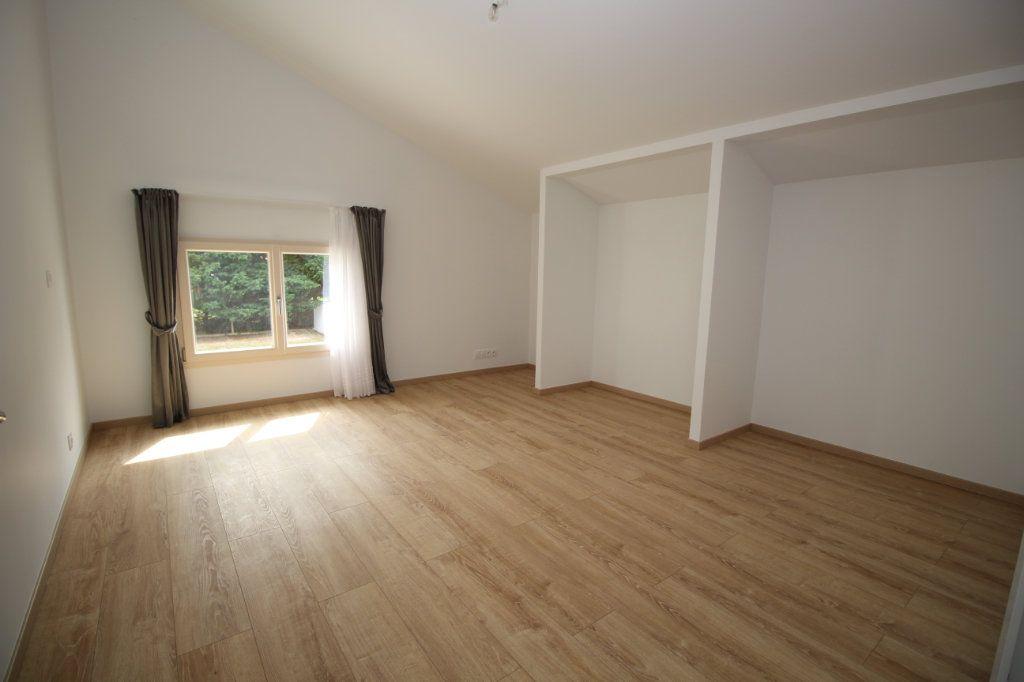 Maison à vendre 6 183.81m2 à Rieucros vignette-4