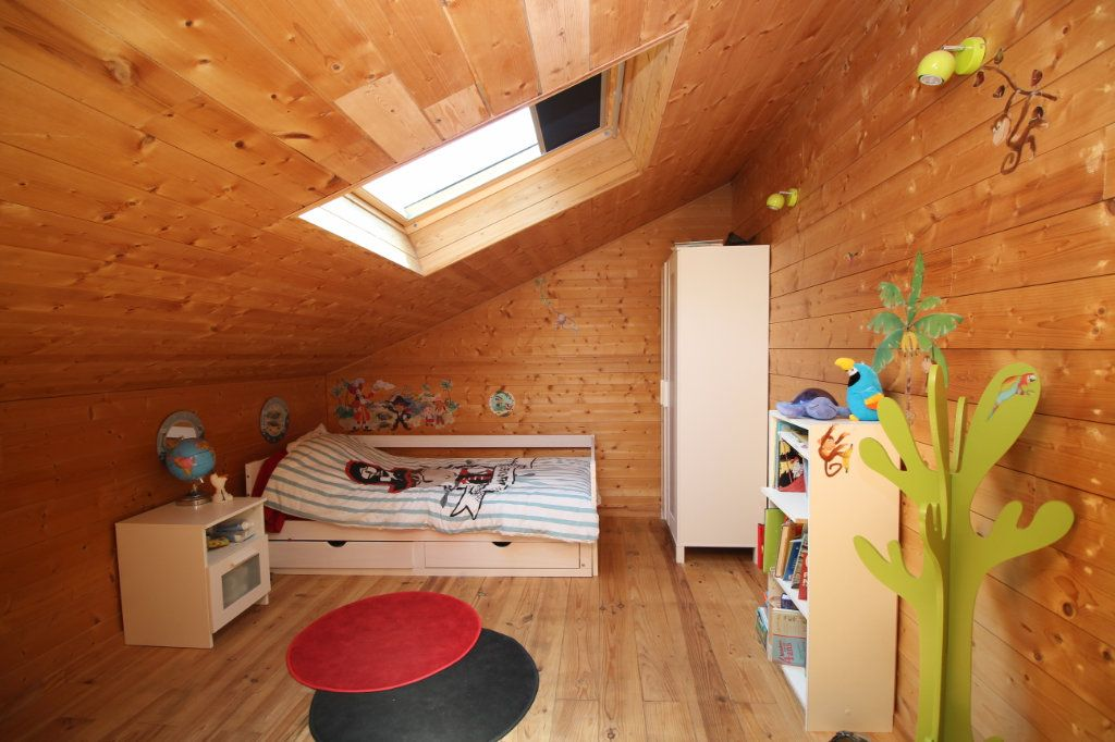 Maison à vendre 5 103m2 à Le Carlaret vignette-3