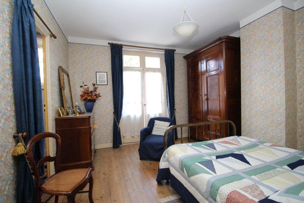 Maison à vendre 5 101m2 à Saint-Paul-de-Jarrat vignette-6