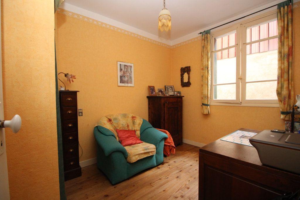 Maison à vendre 5 101m2 à Saint-Paul-de-Jarrat vignette-7