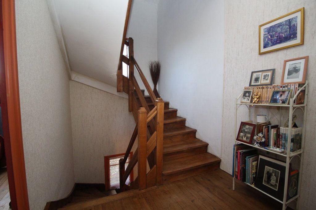 Maison à vendre 5 101m2 à Saint-Paul-de-Jarrat vignette-8