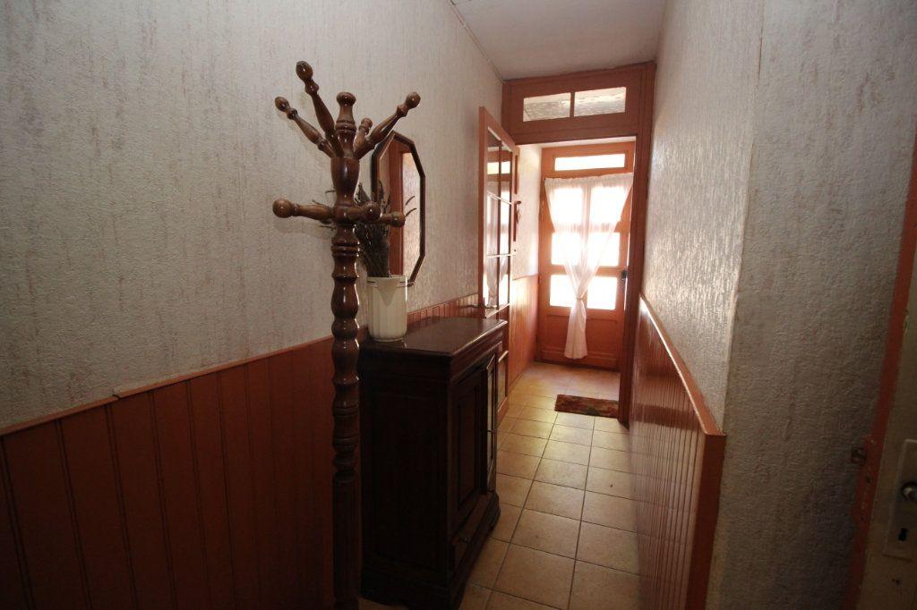 Maison à vendre 5 101m2 à Saint-Paul-de-Jarrat vignette-9
